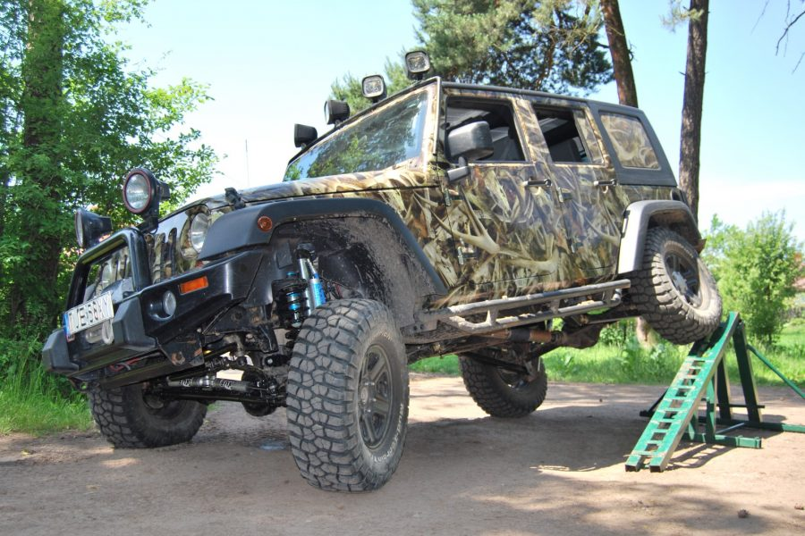 Projekt Huntsman Jeep Wrangler Unlimited Long Arm