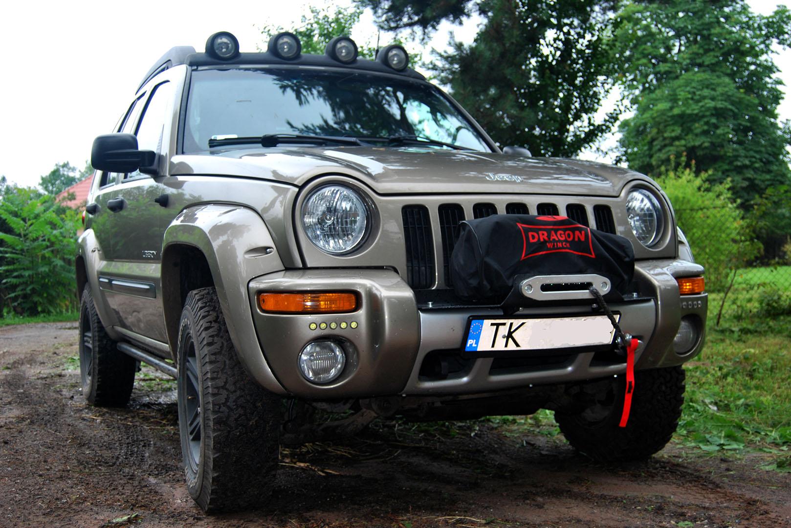 1_0000_plyta-pod-wyciagarke-jeep-liberty