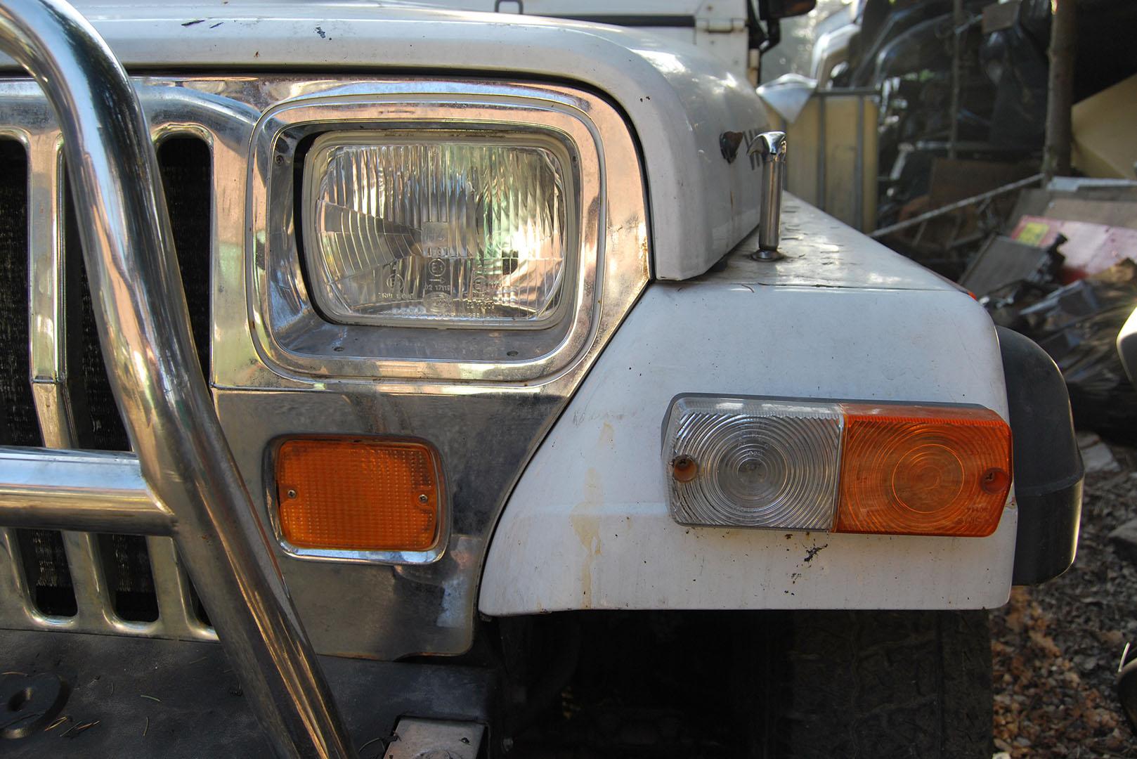 Kompleksowa renowacja i modyfikacja off road Jeep Wrangler YJ